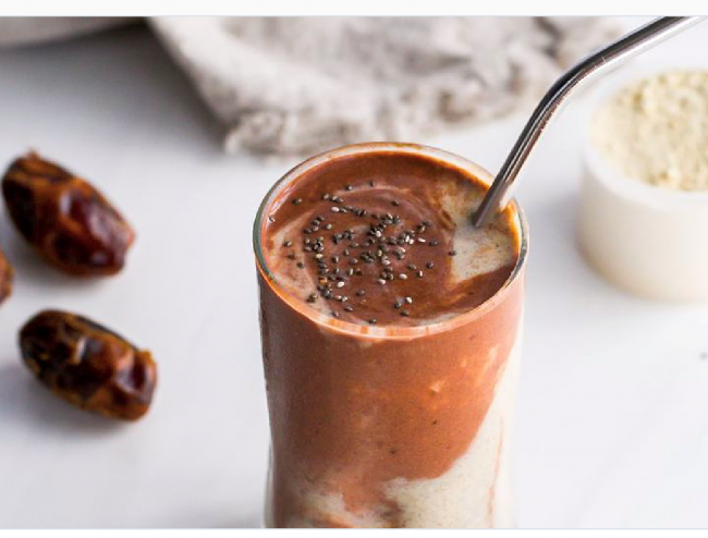 Chocolate Tahini Layered Smoothie